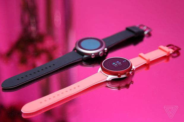 Fossil sports smartwatch:- TechUnveiled (Courtesy- The Verge)